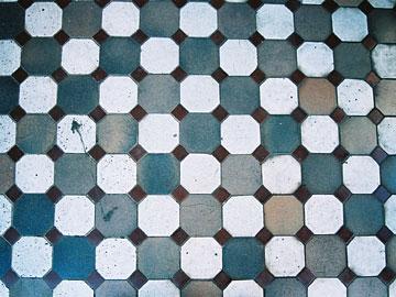 ポーチ床のタイル