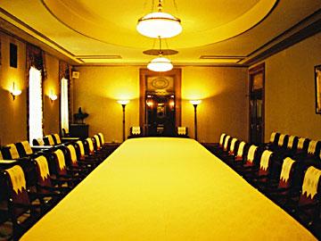 アンピール・スタイルによる会議室