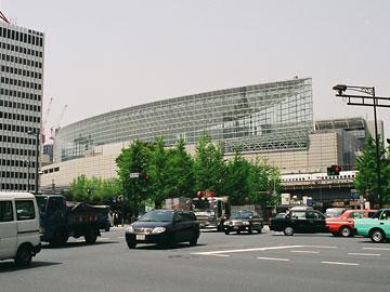 東京国際フォーラム 東側外観