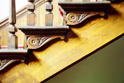 階段側面の装飾