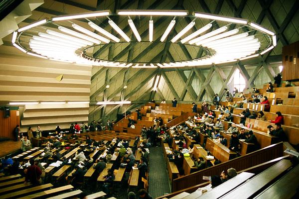 20080121-pyramid_interior.jpg