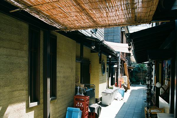 20090408-alley02.jpg