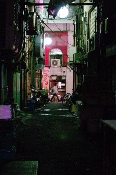 20110525-back_alley01.jpg