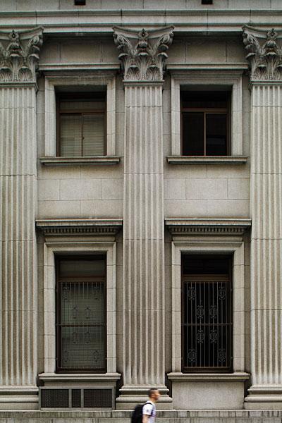 20110626-hrg_facade.jpg